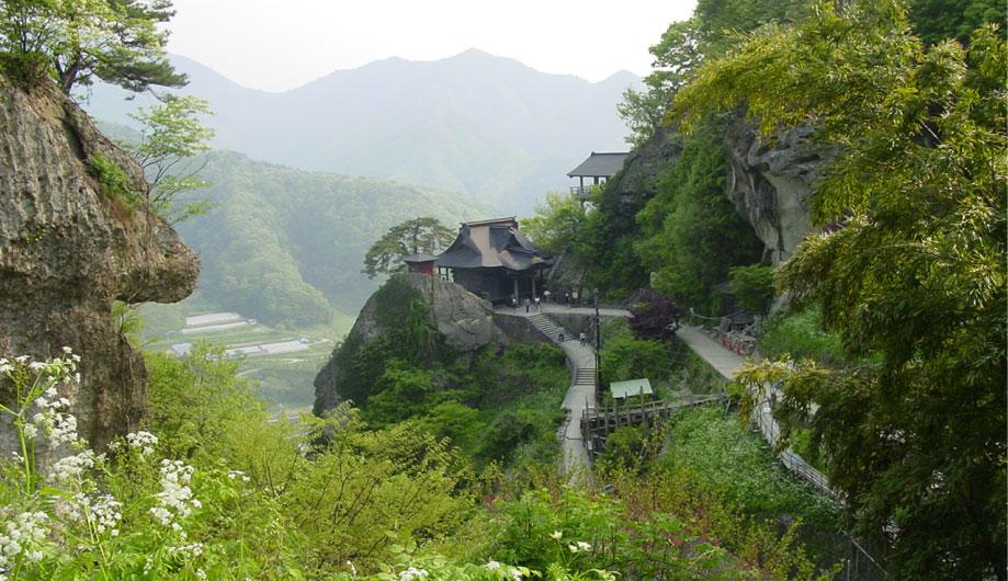 Yamadera (Rissyaku Temple)